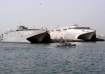 1365165724_fastest_military_ship_2.jpg